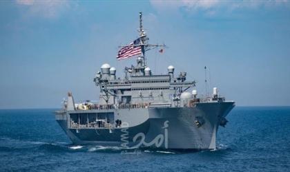 سفينة حربية أميركية تطلق أعيرة تحذيرية بعد اقتراب 3 زوارق للحرس الثوري الإيراني في الخليج