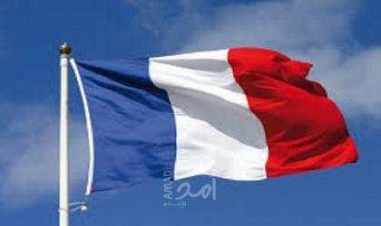 صحيفة فرنسية: باريس تبقي السرية على أرشيف التجارب النووية في الصحراء الجزائرية