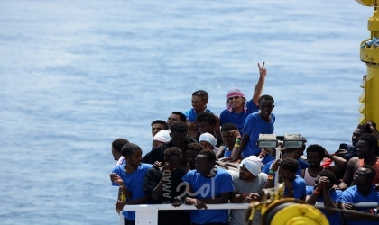 """عضو في البرلمان الأوروبي خلال ندوة للأورومتوسطي: """"طالبو اللجوء ليسوا تهديدًا"""""""