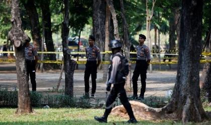 إندونيسيا.. توقيف رجل وامرأة على خلفية التفجير الانتحاري وضبط متفجرات