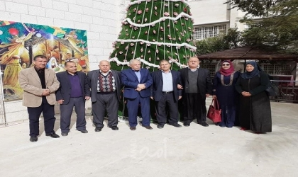 وفد من النضال الشعبي بغزة يهنئ الطوائف المسيحية بأعياد الميلاد المجيد