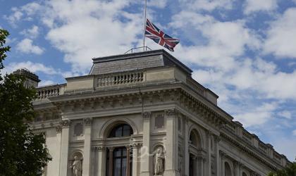 بريطانيا تستدعي السفير الصيني وتؤكد دفاعها عن شعب هونغ كونغ
