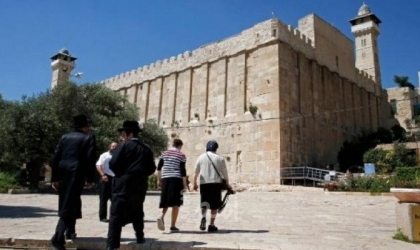 الخارجية الفلسطينية: الحرمين الشريفين المسجد الأقصى والحرم الإبراهيمي تحت النار