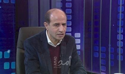 """قيادي بحركة فتح يكشف الأسباب الحقيقية التي قد تدفع """"عباس"""" لتأجيل الانتخابات - فيديو"""