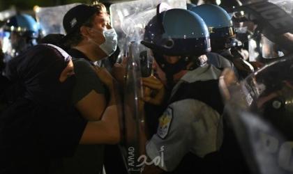 مواجهات خلال تظاهرات في الولايات المتحدة احتجاجا على مقتل أميركي أسود بيد شرطيين