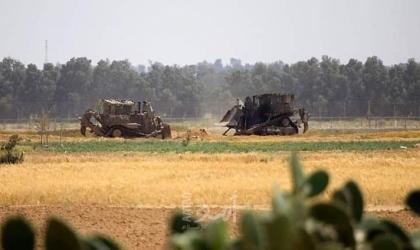 توغل محدود لآليات وجرافات جيش الاحتلال شرق خانيونس