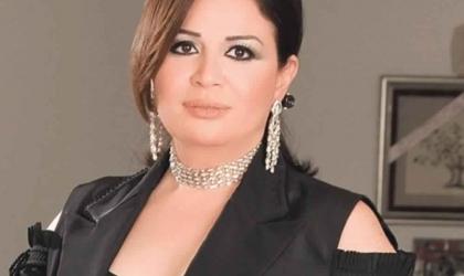 """""""إلهام شاهين"""" تهاجم """"أحمد زاهر"""" بسبب تصريحاته عن المشاهد الجريئة"""