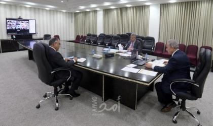 رام الله: الحكومة تناقش الأزمة المالية وتصدر عدد من القرارات