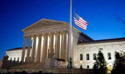 المحكمة العليا الأمريكية ترفض تعليق أمر بتسليم متهمين بتهريب كارلوس غصن