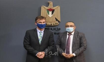 أبو سيف يبحث مع ممثل الاتحاد الأوروبي تعزيز التعاون الثقافي بين البلدين