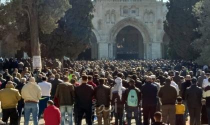 القدس: المئات يؤدون صلاة الجمعة في حي البستان جنوب الأقصى