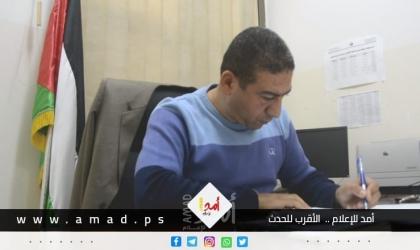 """يسري الغول أديب يمتشق القلم لأجل القضية العظيمة """"فلسطين"""" - فيديو"""