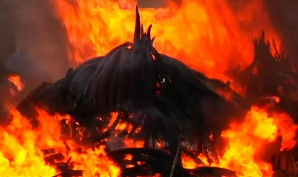 جريمة مأساوية.. إشعال النيران في جسد فيل حتى الموت