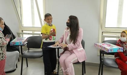 """ياسمين صبري تخطئ في اسم """"مستشفى أطفال"""" شهير وتثير جدلاً"""