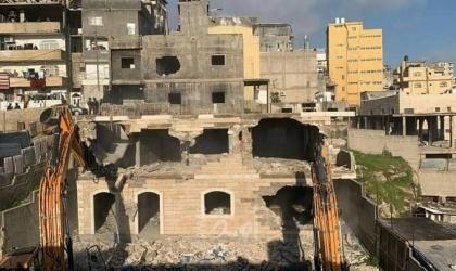 قوات الاحتلال تهدم منزلًا شرق بيت لحم