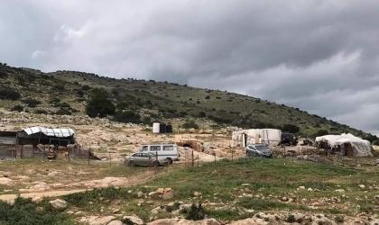 قوات الاحتلال تخطر بهدم منزل في بيت جالا