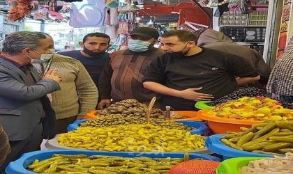 غزة: وفد من وزارة الاقتصاد تجري جولة تفقدية لسوق الزاوية