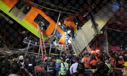 عشرات القتلى والجرحى في انهيار جسر لحظة مرور قطار أنفاق بالمكسيك