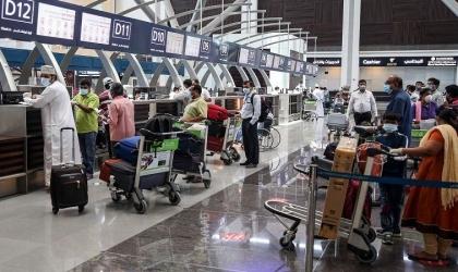 سلطنة عمان تقرر تمديد تعليق دخول القادمين إليها من 14 دولة حتى إشعار آخر