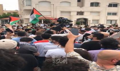عمان: تظاهرة حاشدة قرب السفارة الإسرائيلية رفضًا لانتهاكات جيش الاحتلال في القدس