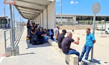"""إحصائية:(2915) مسافراً و2933 وافداً عبر معبر """"بيت حانون"""" الأسبوع الماضي"""