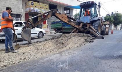 بلدية غزة تجري أعمال صيانة متفرقة في شوارع المدينة