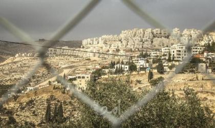كاتب إسرائيلي لـ بينيت: حان الوقت لتجميد المستوطنات في الضفة الغربية
