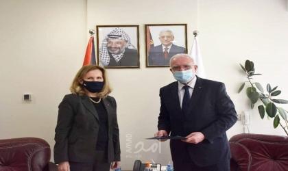 المالكي يتسلم أوراق اعتماد القنصل البريطاني العام ديان كورنر