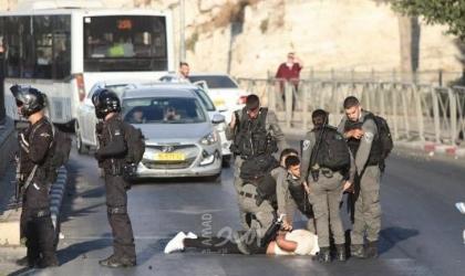قوات الاحتلال تعتدي على عدد من المواطنين وتعتقل شابا في القدس ونابلس