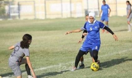 مصر: لاعبة كرة قدم نسائية تتعرض لضرب مبرح في المعلب ومطالبة المسؤولين بالتدخل - فيديو