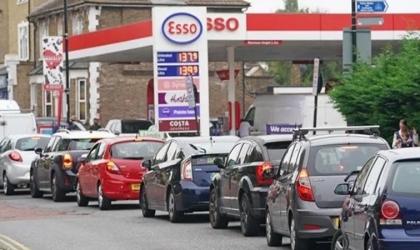 """بعد أزمة الوقود: بريطانيا تبدأ """"السبت"""" نشر الجيش للمساعدة"""