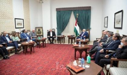 """الرئيس محمود عباس يرفض وصف المؤسسات الأهلية الفلسطينية """"بالإرهابية"""""""