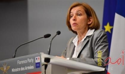 وزيرة الدفاع الفرنسية: حاملة طائرات توجهت إلى لبنان محملة بالمساعدات