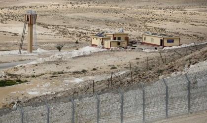 إعلام عبري: إحباط عمليات تهريب على الحدود المصرية واعتقال اثنين