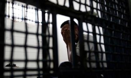 المركز الفلسطيني:  وفاة 7 موقوفين في سجون غزة والضفة