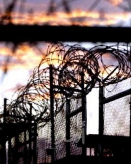 """الأسير """"أنس بريكي"""" من جنين يدخل عامه الـ19 في السجون الإسرائيلية"""