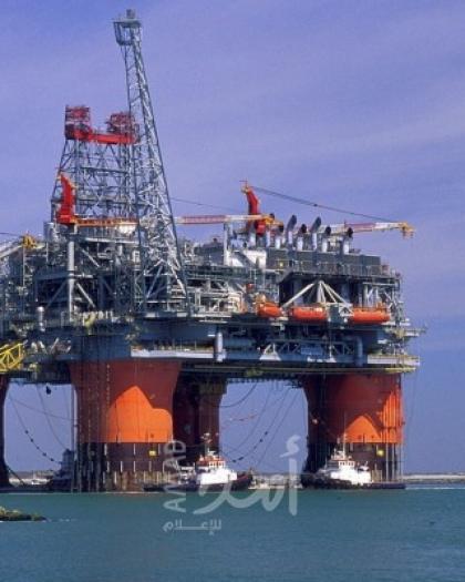 ارتفاع أسعار النفط رغم زيادة مفاجئة في مخزونات الخام الأمريكية