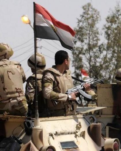 الجيش المصري يعلن مقتل (13) إرهابياً خلال عمليات قتالية في سيناء