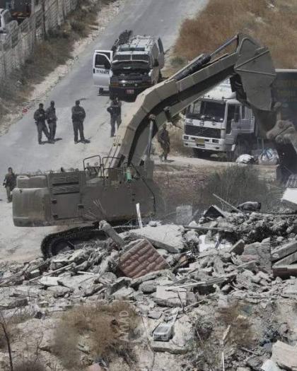 محدث.. إصابات خلال هدم السلطات الإسرائيلية صالة أفراح في الطيرة- فيديو