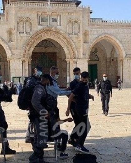 قوات الاحتلال تعتقل شاب من القدس