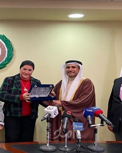 خطة حملة عربية لدعم  قضايا  الأمومة والطفولة