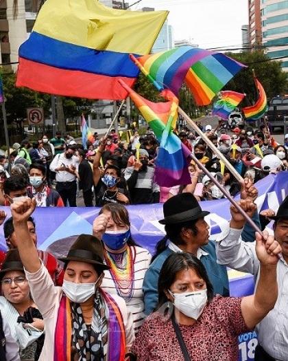 """مرشح الأحزاب اليسارية يقر بهزيمته بالانتخابات الرئاسية في """"الإكوادور"""""""