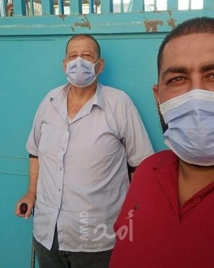 """لاجئون فلسطينيون غاضبون يغلقون مكتب """"الأونروا"""" الرئيسي في العاصمة اللبنانية"""