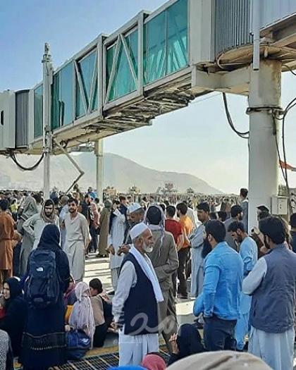 """هبوط طائرة إماراتية في مطار """"حامد كرزاي"""" بالعاصمة الأفغانية"""