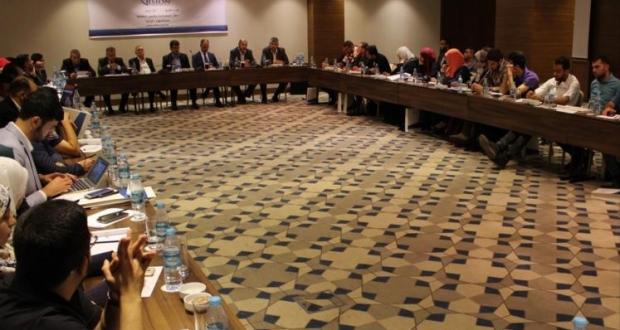 لقاء ممثلي فصائل فلسطينية في إسطنبول
