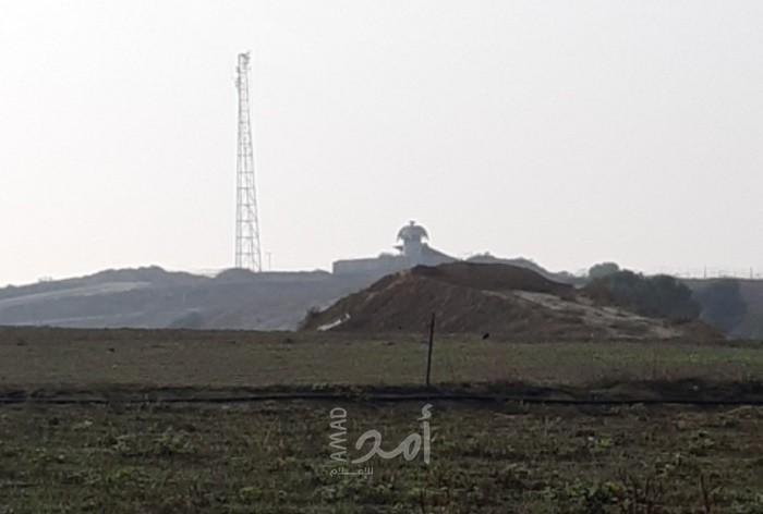 غزة: قوات الاحتلال تطلق النار تجاه المزارعين وبحريته تستهدف مراكب الصيادين
