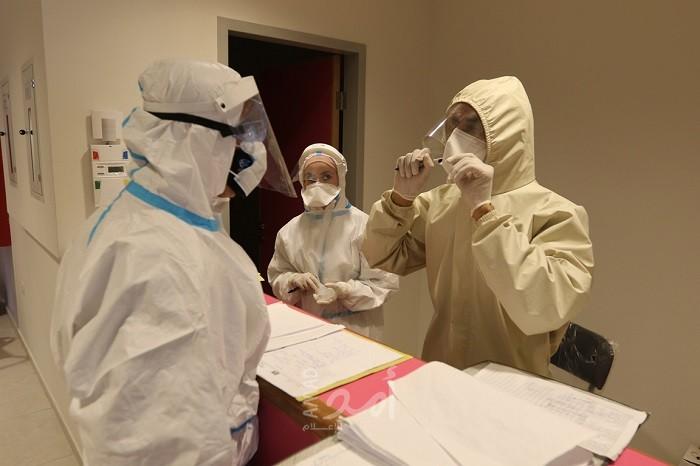 """الصحة الفلسطينية: 17 حالة وفاة و1080 إصابة جديدة بفيروس """"كورونا"""""""